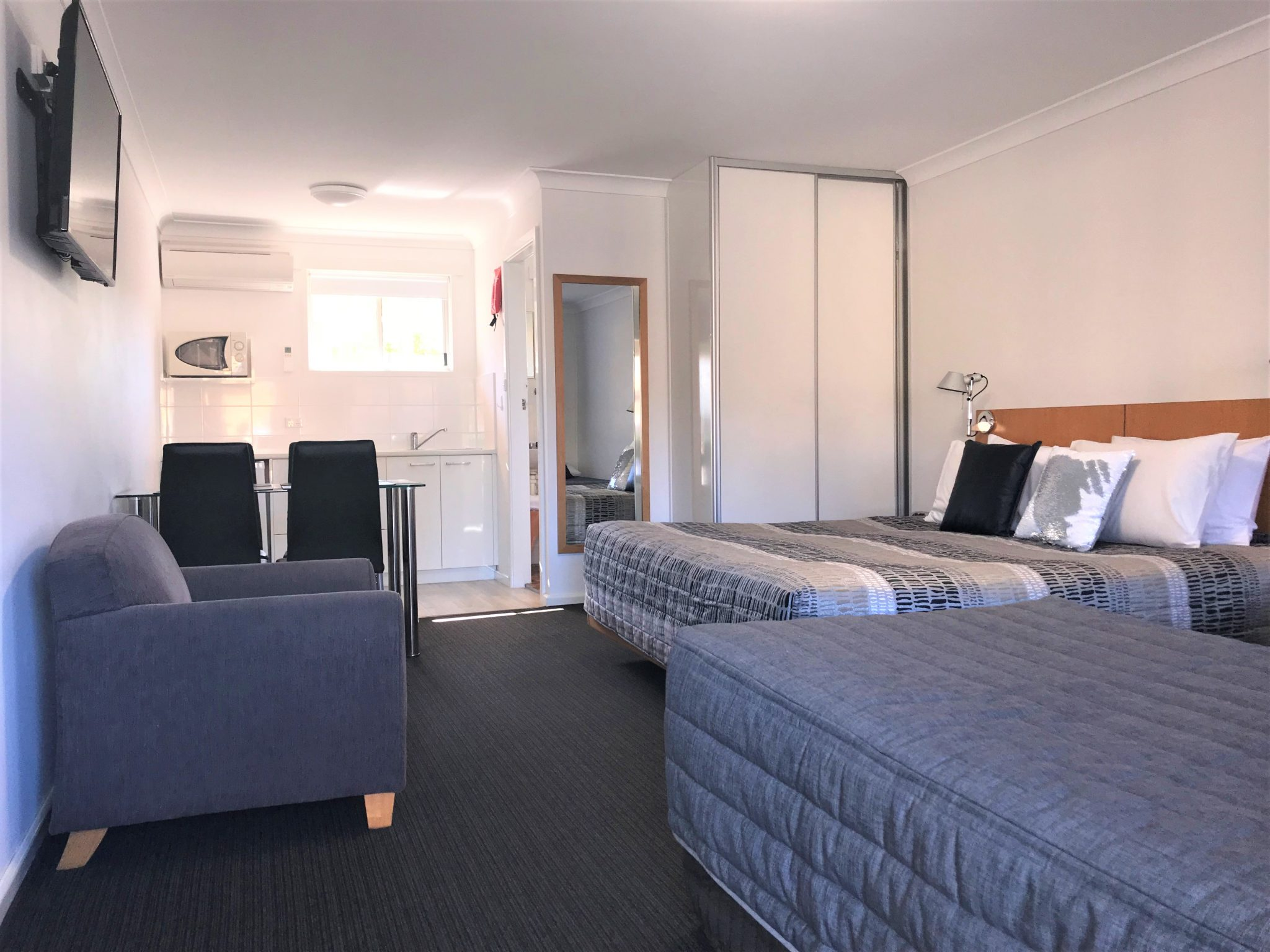 Family Studio Rooms Culburra Accommodation